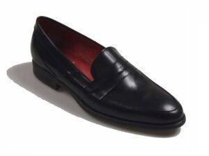 Zapato mocasín tipo sliper para hombre